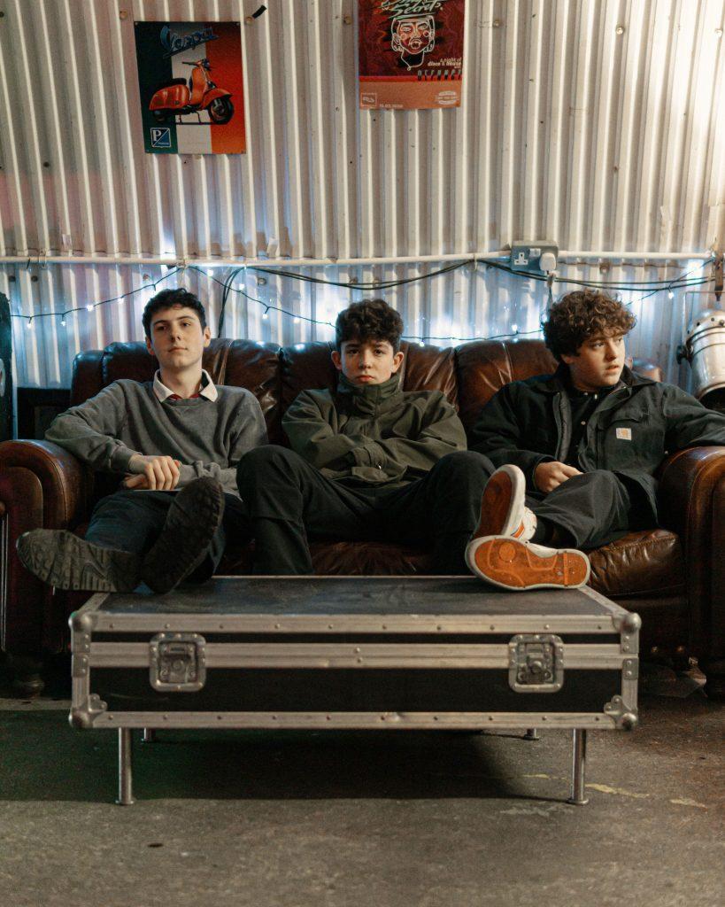 Play Dead indie garage punk